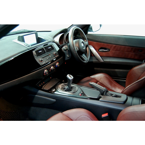 Bmw Z4 For Sale In Uk: BMW Z4 3.0SI SPORT 2DR + XENONS + NAV + SENSORS + CRUISE