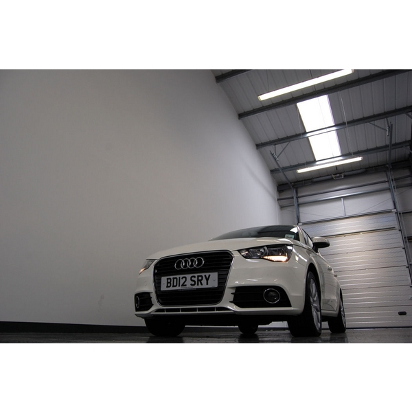 Audi For Sale Under 10000: Audi A1 1.6 TDI Sport 5dr + £0 ROAD TAX + BLUETOOTH