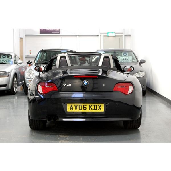 Bmw Z4 Red: BMW Z4 2.5si Sport 2dr, 2006 Reg, Manual, Convertible, FBMWSH